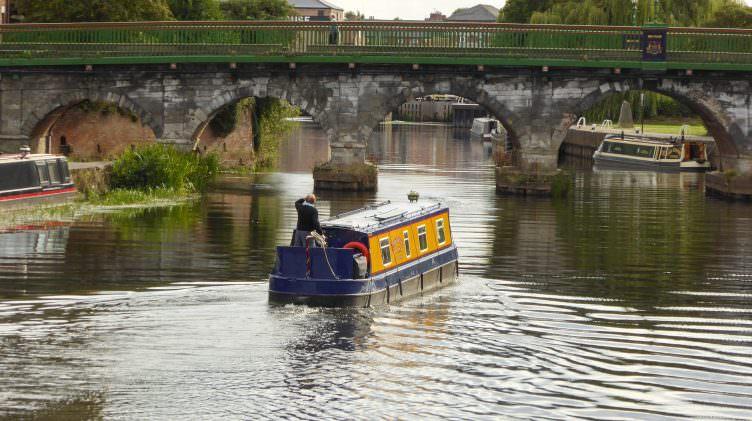 boat-493238_1920